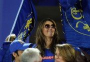 Elizabeth Hurley @ IPL Twenty20 Match in Jaipur April 24th HQ x 8