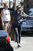 Миша Бартон, фото 10538. Mischa Barton - shopping and at a car wash in California 02/23/12, foto 10538