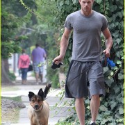 Kellan Lutz: Jogging with Kola and Kevin! 80aed090505892